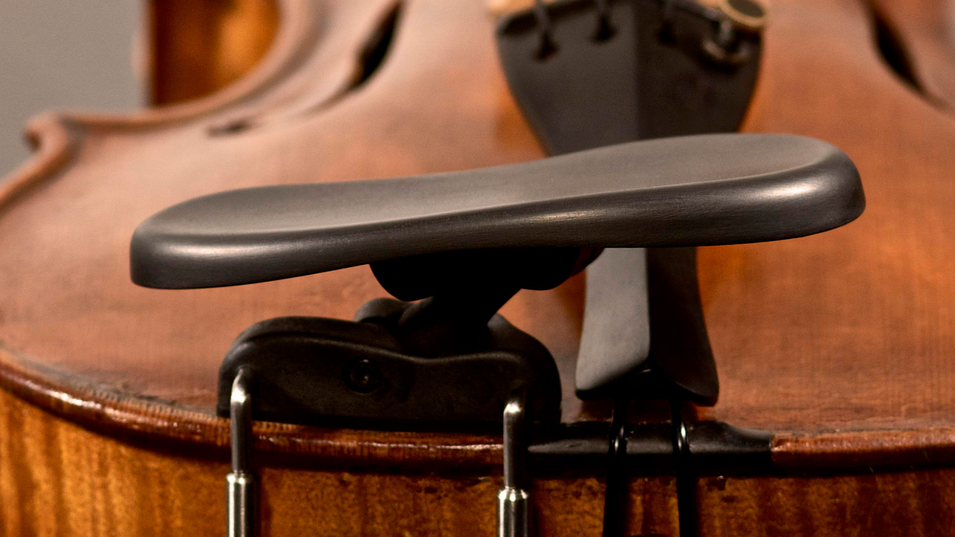 kreddle ergonomic violin chin rest side mount design